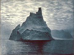 Iceberg b&w